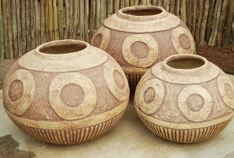 Stonecraft Circle Feature Pots
